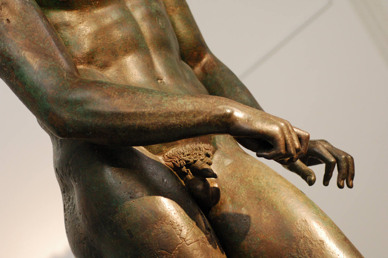 how to use bronze in scuptures